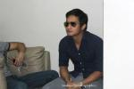 jm relaxes at the backstage of a cebu mall...