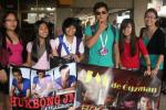 jm's hukbong jm fans (cebu chapter) welcomed him at the cebu airport.