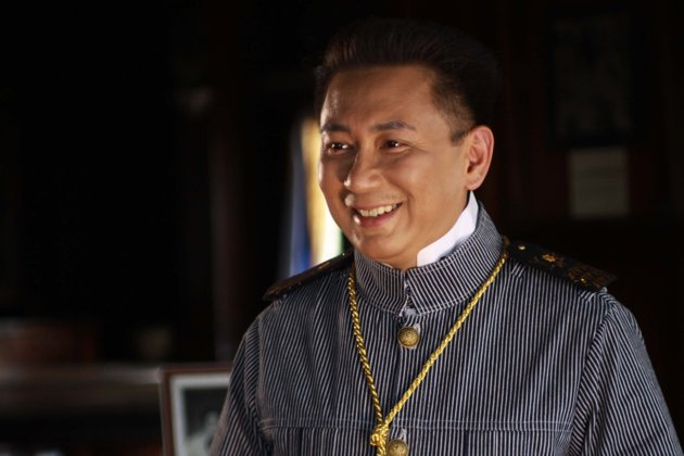 "Governor E.R. Ejercito should have won ""Best Actor"" for MMFF awards for his authentic performance in the movie ""El Presidente""."