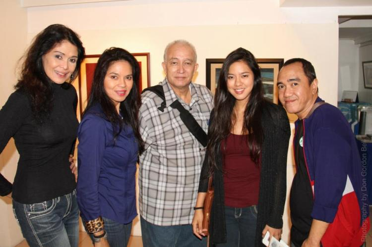 vangie, maribel, mara, this blogger- and MR. DON GORDON BELL at the center.