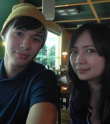 aj and mom