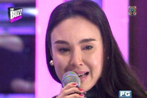 her tears were real... gretchen breaks down.