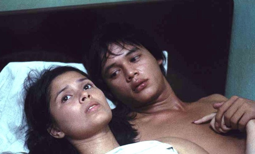 """this bed scene of bembol and hilda in the film """"maynila: sa kuko ng liwanag"""" was so controversial during those times..."""