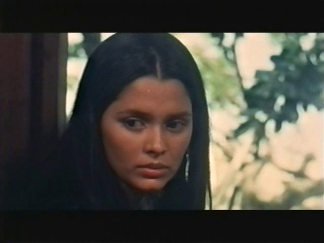"""younger actresses of today will surely have NO COMPARISON to the beauty and """"awe"""" of miss hilda koronel. photo taken when she shot the film """"maynila: sa kuko ng liwanag""""."""