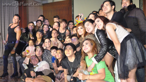 the stagers of PSF made a blogger's birthday truly memorable (photo courtesy of ely's planet blog).