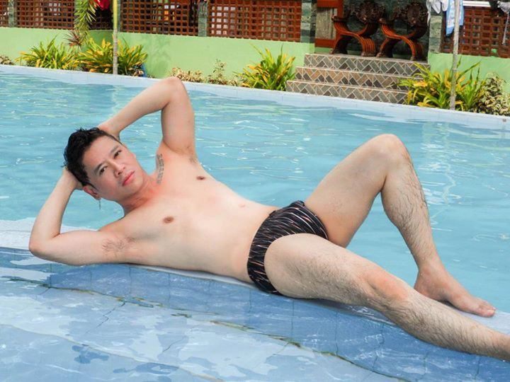 "vince bares not just his body, but allso his soul in the movie ""otso"""