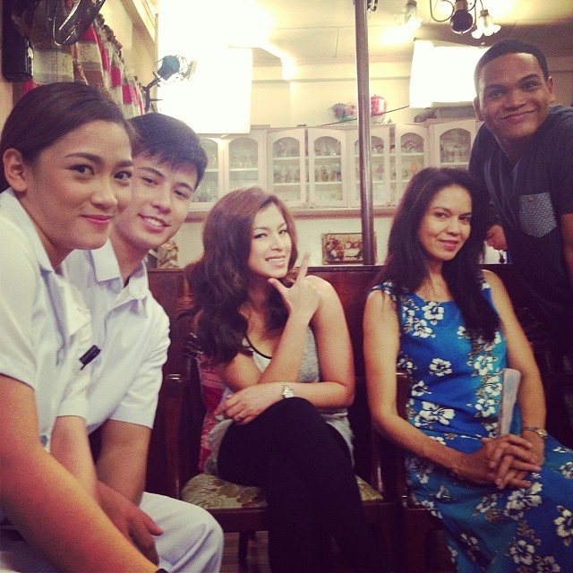 maribel relaxes after a take, with angel locsin and friends