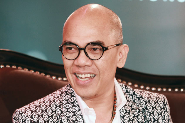 a perfect humility act from boy abunda...