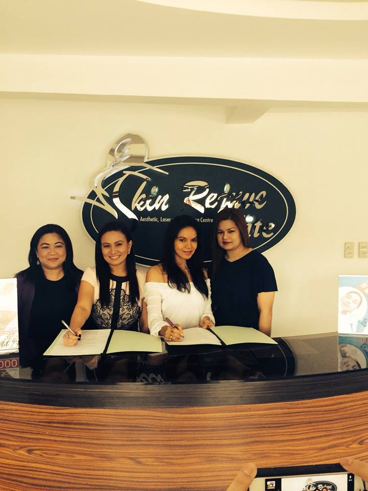 ms. maribel lopez with skin rejuve owner prescy valenzuela-yulo and her staff at skin rejuve beauty clinic