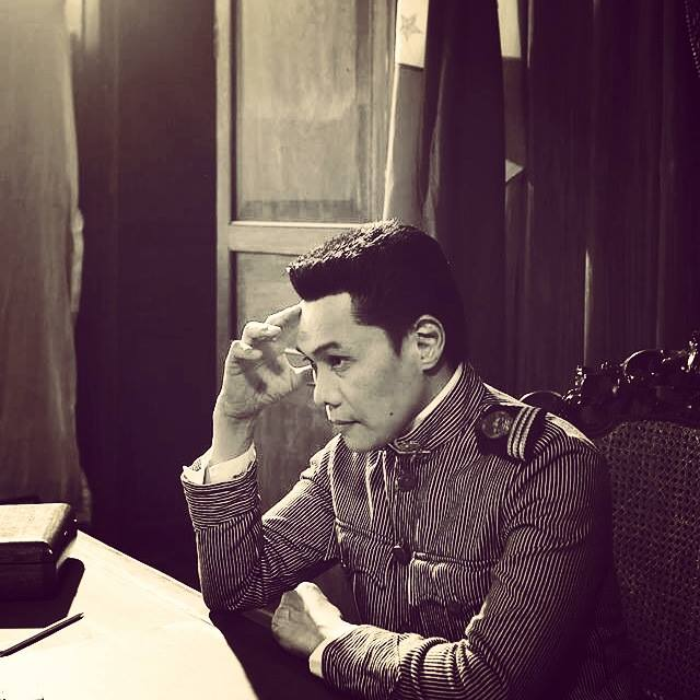 "mon confiado as emilio aguinaldo in his latest film ""heneral luna"""