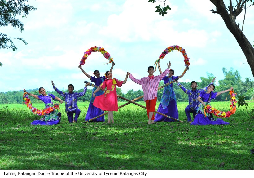 Lahing Batangan Dance Troupe (1)