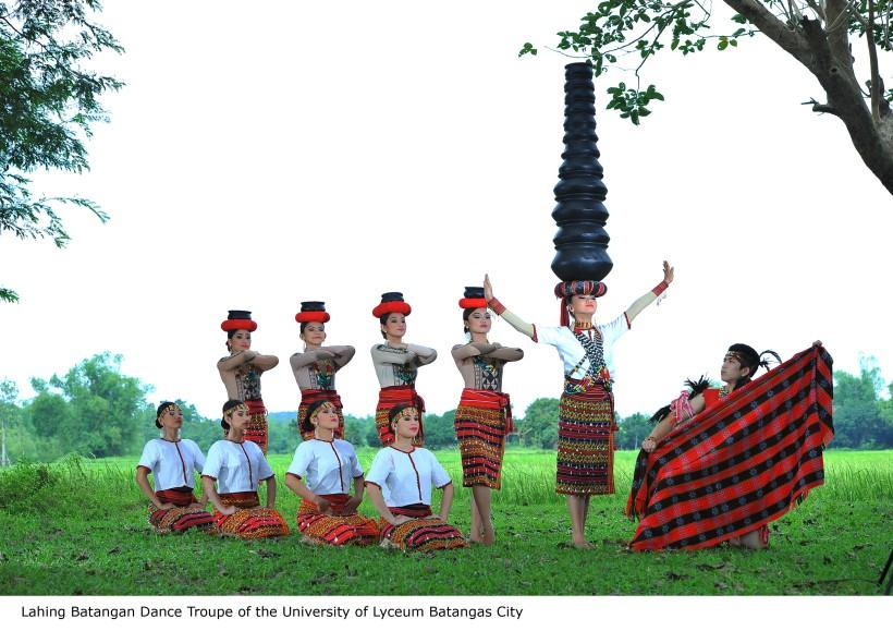 Lahing Batangan Dance Troupe (2)