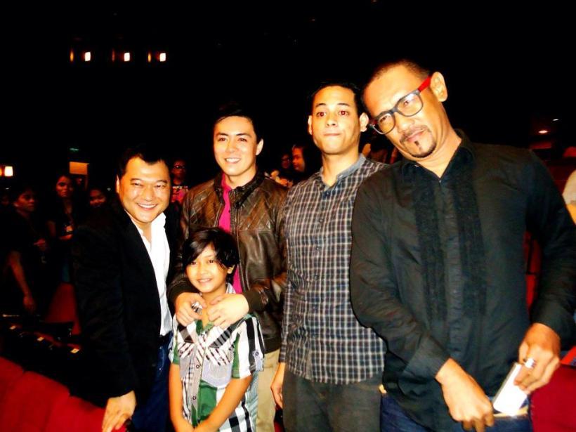 lance with director natahn adolfson, child actor jade lopez, felix rocco and jack love falcis.