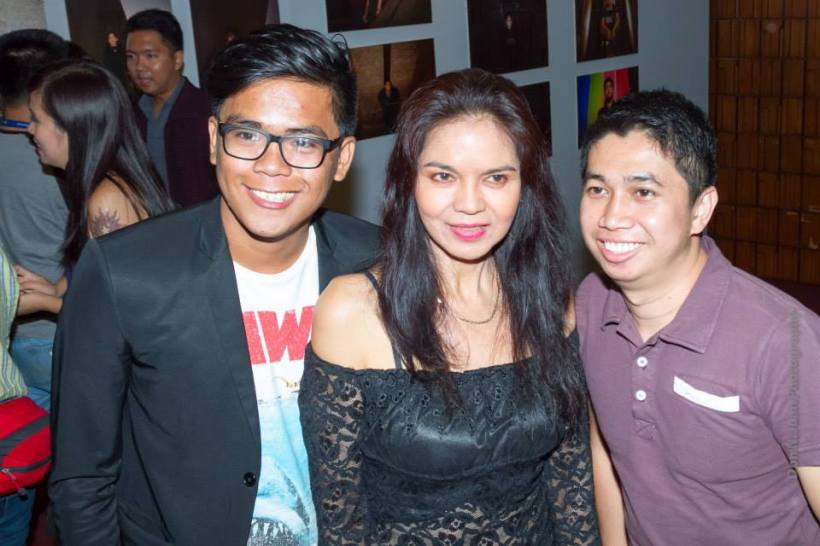 "maribel with his director and an anonymous friend during the gala night of ""mga ligaw na paru-paro"" at the recently-concluded cinemalaya x"