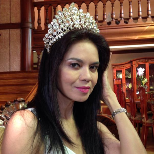"maria isabel: the beauty queen-actress transforms in ""mga ligaw na paru-paro"""