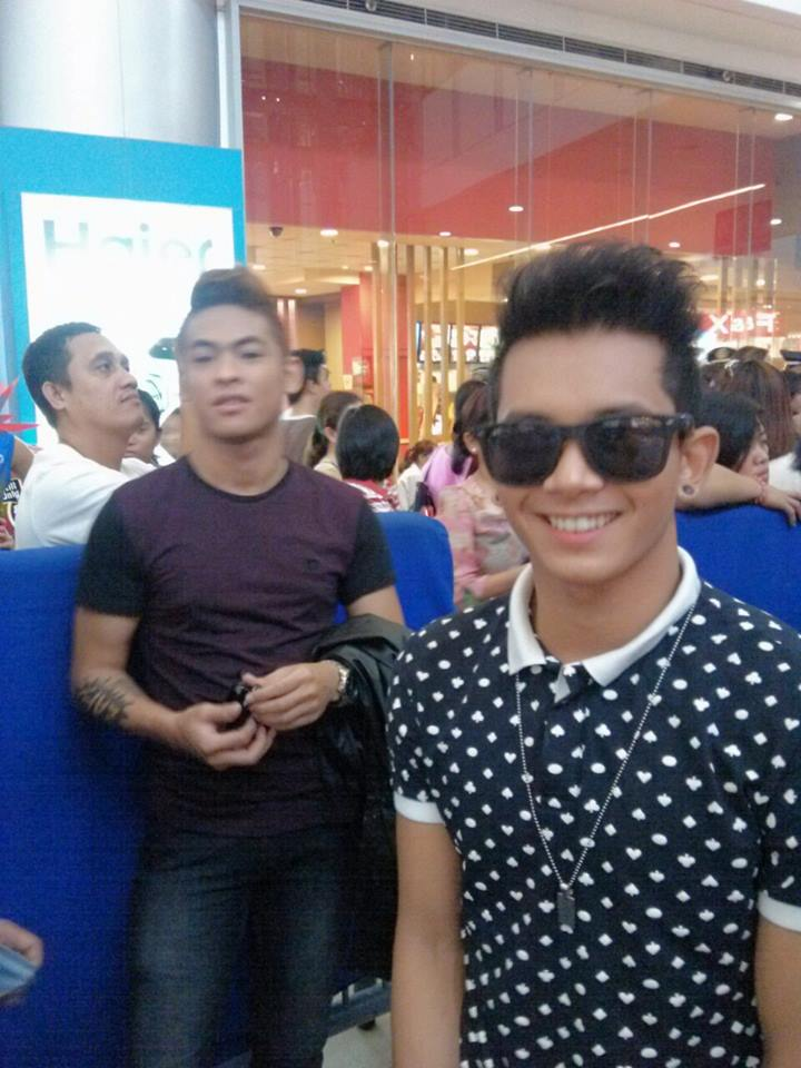 MIGGY IN HIS LAST FASHION SHOW AT SM MASINAG MALL, BY THE ELITES MODEL MANAGEMENT