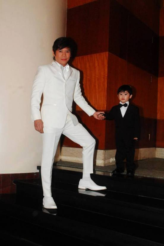 vince with son  spidey
