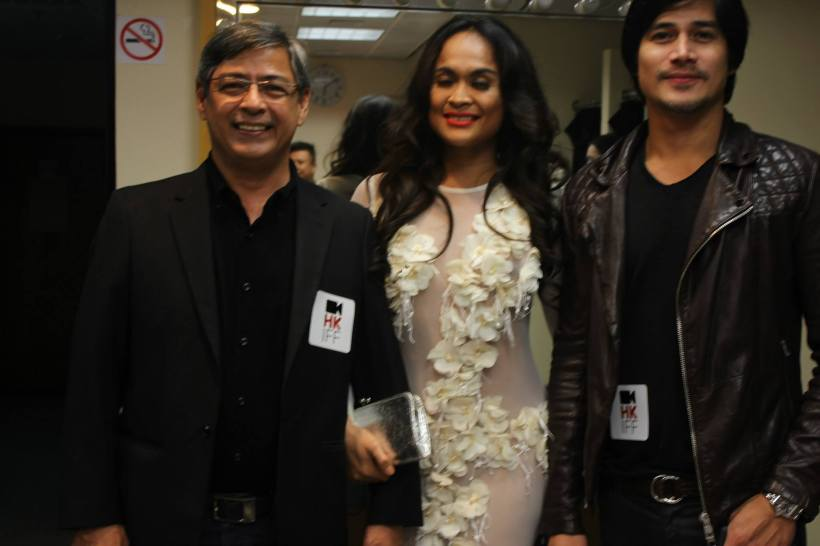 mimi with actors joel torre and piolo pascual in a charity event