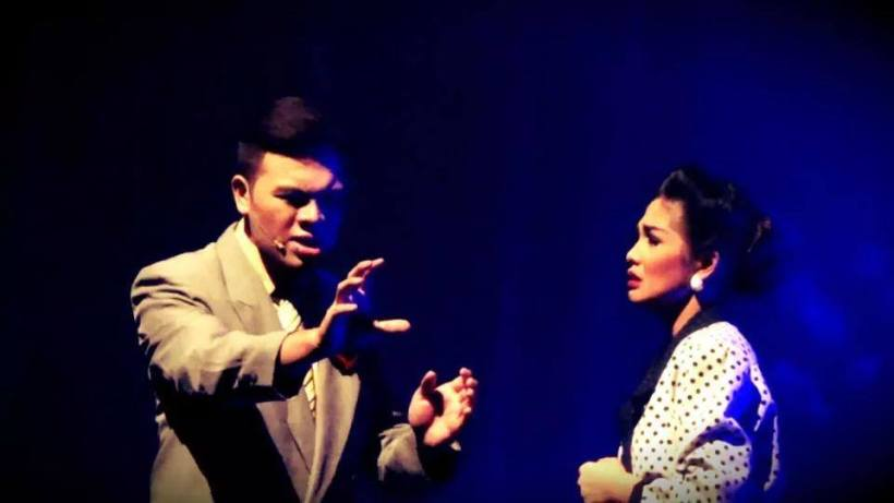 "alence with co-stager jomar bautista in a dramatic scene in the play of PSF: ""filipinas: 1941"""
