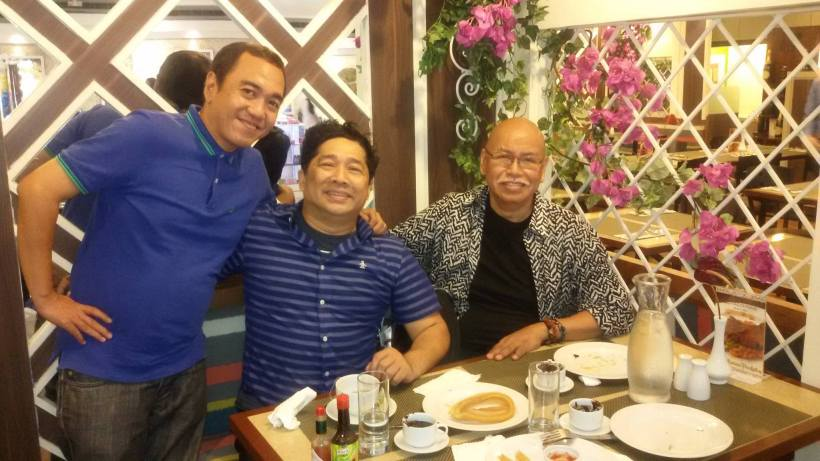 BERNARDO BERNARDO WITH JIS BESTFRIEND BACK IN THE U.S.- MR. JOSEPH GELITO AND BLOGGER SSSIP AT DULCINEA RESTAURANT
