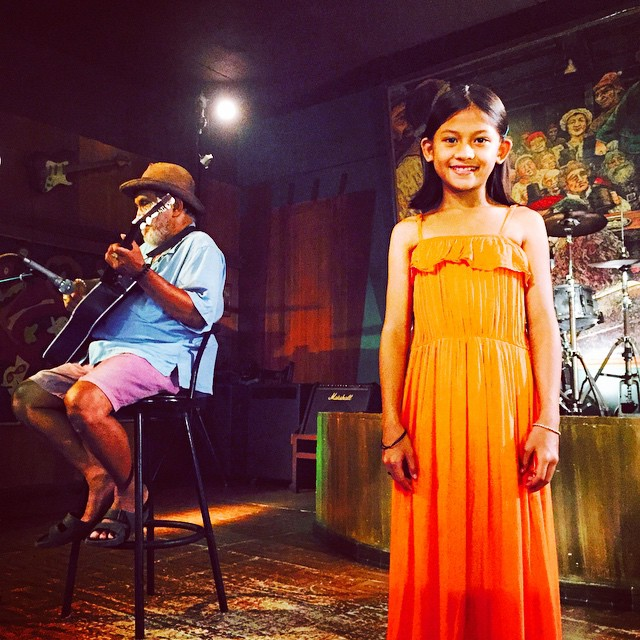 "lead star of ""blanka"": 11 year-old cydel gabutero, who's also a youtube singing sensation, during a shoot here with the actor playing the blind musician her character interacts in the film."
