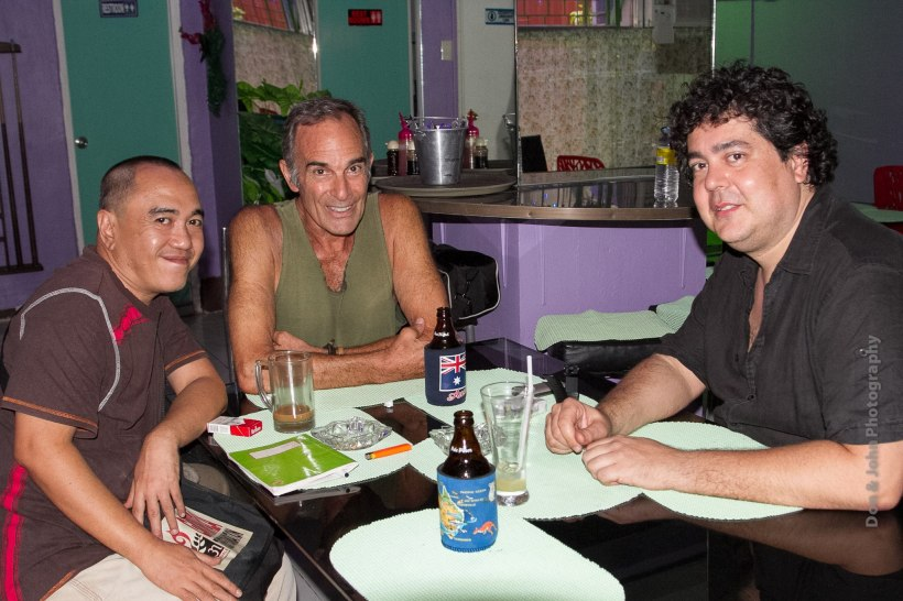 """an afternoon with flaminio zadra"", together with blogger sssip, veteran actor michael james and don gordon bell (not on the picture). PHOTO BY: DON GORDON BELL"