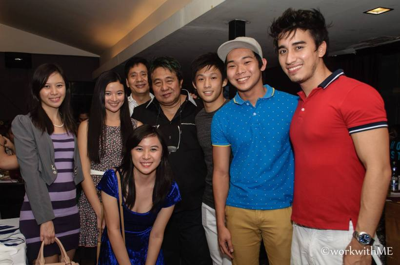 the elites with director maryo j. delos reyes (at the center)