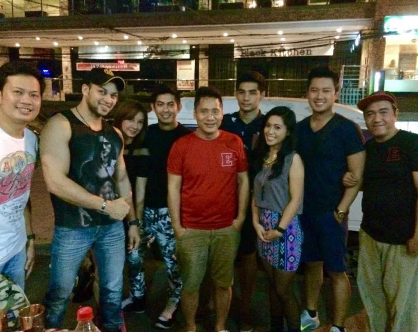 the elites with blogger sssip (far right).