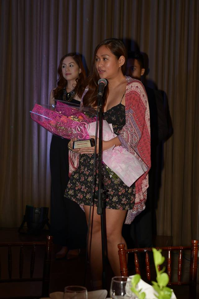 """mercedes cabral receives a special award from """"personage"""""""
