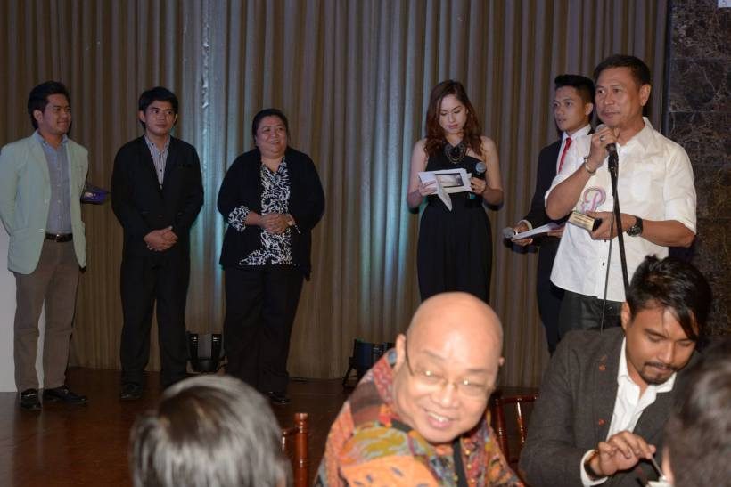 "frederick peralta receives speacial award from ""personage"""