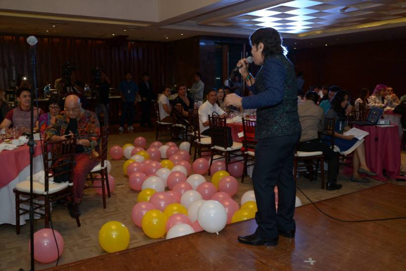 1970's singing icon boy mondragon offers a song