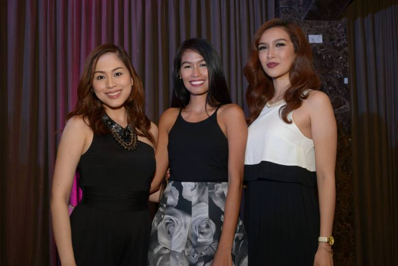 beauty queens carla, christine balaguer and bianca.