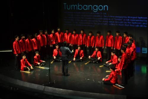 Boscorale's Tumbangon composed by Eudenice V. Palaruan while Hinbarra (Irish) is from Irish composer Michael McGlynn. — at FEU Auditorium.