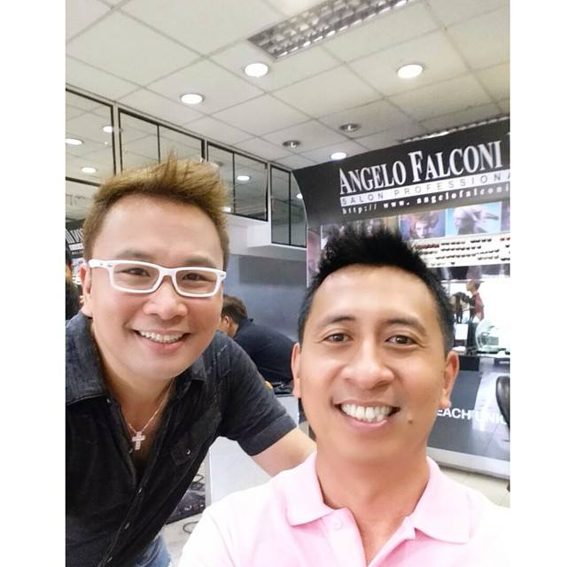 inspirational book author bo sanchez with salon owner angelo falconi