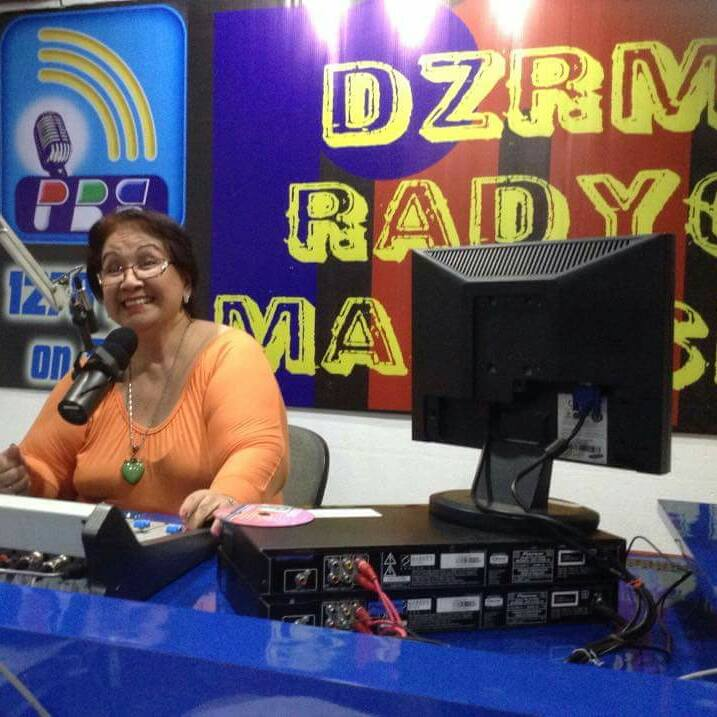 tessie in her radio program every saturday night at dzrm