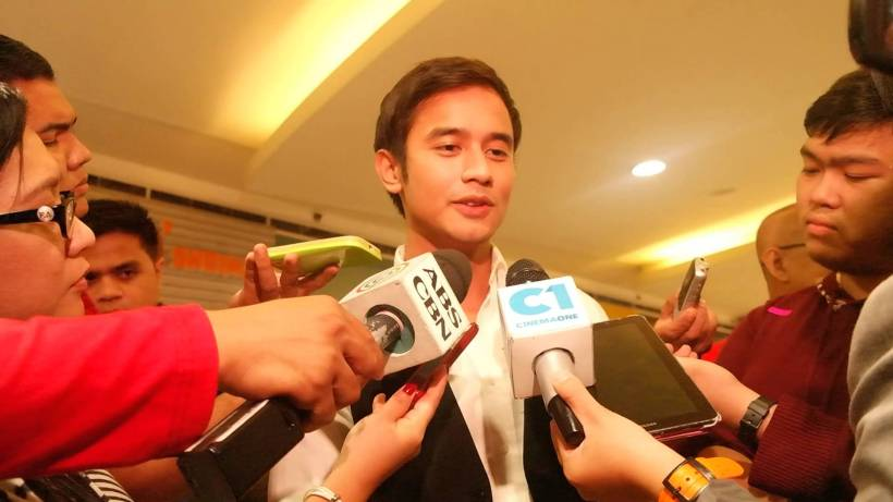 "jm flunked by media people at the last screening of ""all of me"""