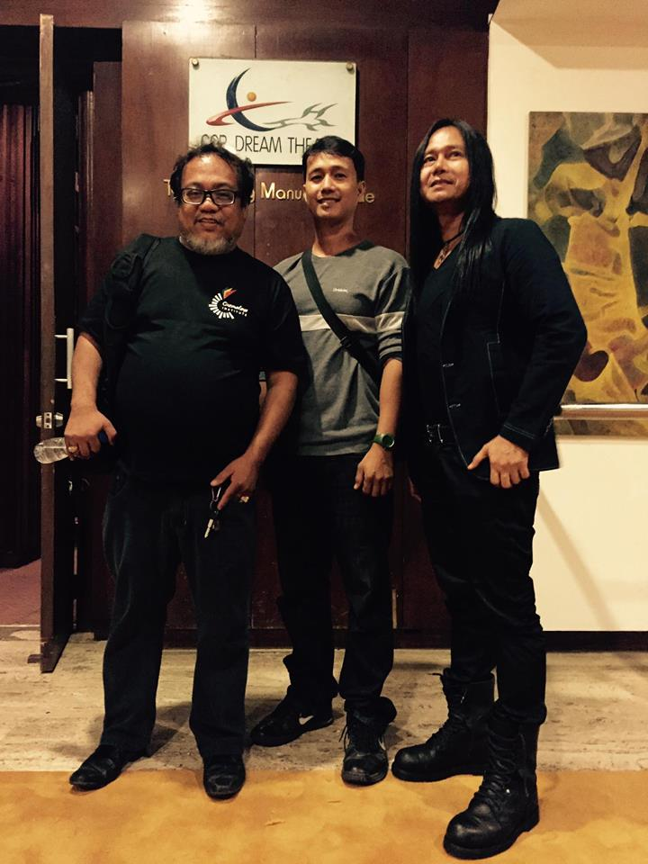 direk arnel with his actors leon miguel and rhommel bernardo