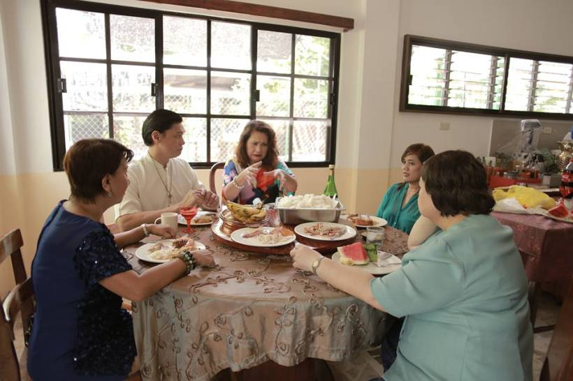 "ms. tessie tomas, mon confiado and other cast members in one one meal scene of ""miss bulalacao"""
