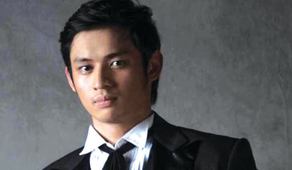 "MICHAEL PANGILINAN: NOMINATED AS BEST ACTOR FOR A MUSICAL (""KANSER@35"")"
