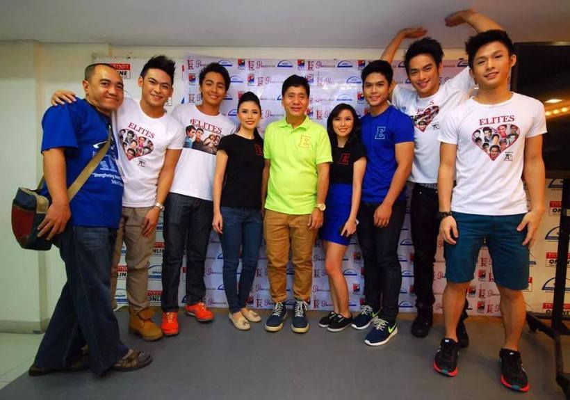 the elites in their araneta coliseum fashion show with blogger ssip and mr. martin
