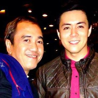 lance with blogger sssip.*