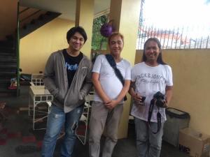 ALEX ESQUIVEL (assistant photographer), blogger SSSIP and MR. JOEY GONZALEZ (photographer)
