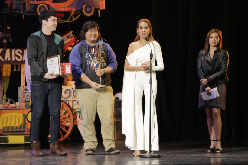 'Mercury is Mine' actress Pokwang, with director Jason Paul Laxamana and actor Bret Jackson. The film won Best Screenplay and Special Jury Prize awards. (Photo by Kiko Cabuena)