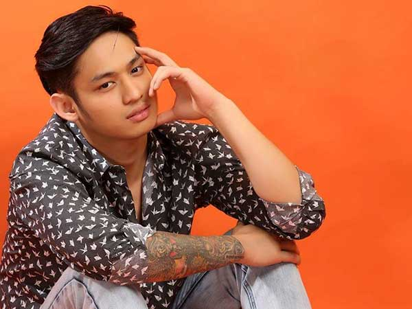 MICHAEL PANGILINAN as WALTER